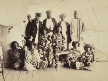 The queen Binao with her sister Cavi and Royal Court at Nossi Be