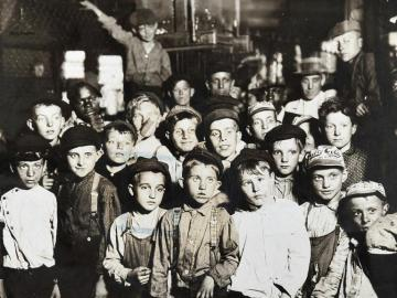 Indianapolis Newsboys Waiting For the Base-Ball Edition in A Newspaper Office. Aug.1908